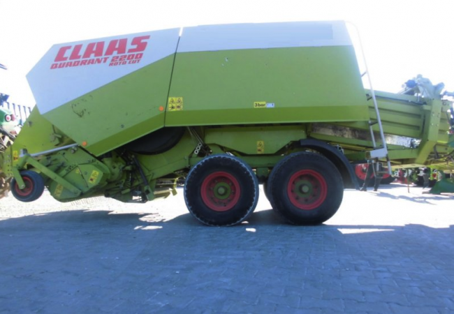 CLAAS Quadrant 2200 RC Tandem Big Square Baler
